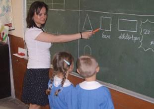 Asker eşi olan öğretmene kötü haber