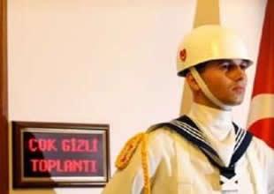Deniz Kuvvetleri'nde terfi zinciri dondu