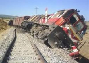 Muş'ta yük trenine terörist saldırı