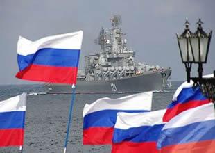 Rusya Suriye'ye 3 gemi daha gönderiyor