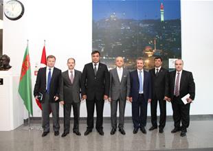Artıkov'dan Siemens Türkiye'ye ziyaret