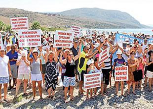 Karaburun'da 'Kıyıda çiftliğe hayır' eylemi