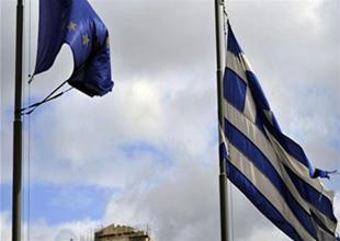Yunanistan tasarruf arayışı içerisinde