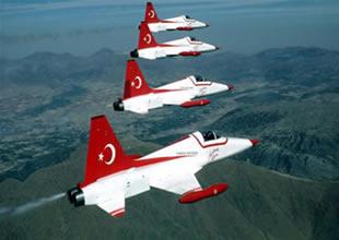 Türk yıldızlarına 'yakıt' engeli koyuldu