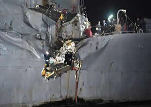 ABD savaş gemisi tankerle çarpıştı