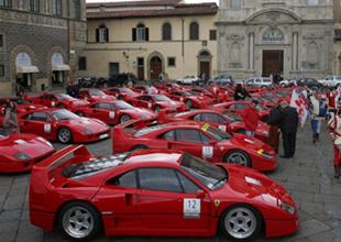 Ferrari iç pazarda büyük darbe yedi