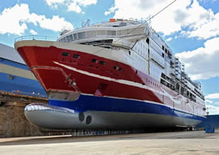 STX MS Viking Grace 'yi suya indirdi