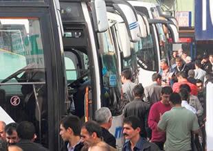 İstanbul Otogarında yoğunluk sürüyor