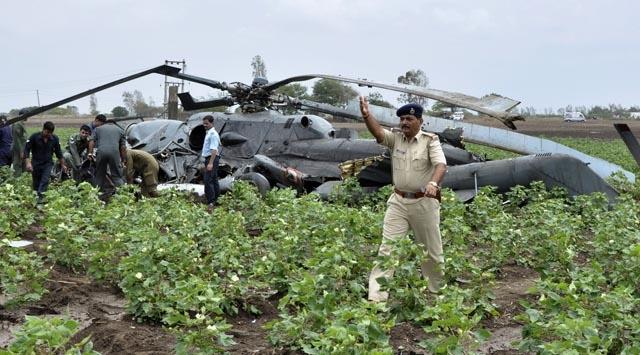 Hindistan'da iki helikopter çarpıştı: 8 ölü