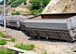 Van'da PKK yük trenini bombaladı!