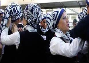 """Mısır Havayolları hosteslere """"Başörtü"""" izni verdi"""