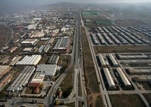 Doğu'ya yatırım yarışı teröre inat hızlandı