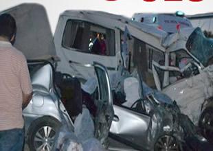 Çankırı'da feci trafik kazası: 9 ölü, 1yaralı