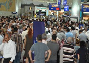 Atatürk Havalimanı'nda Hac yoğunluğu