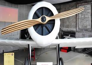 VECİHİ XV adlı uçak İnönü'de sergileniyor