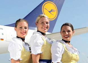 Lufthansa hostesleri böyle uçacak
