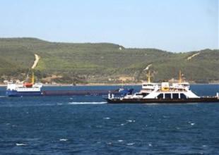 Çanakkale Boğazı'nda gemi arızalandı