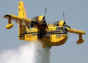 Yangın pilotlarına teşekkür belgesi verildi