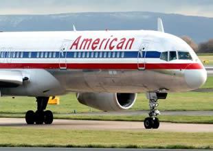Koltukları ortadan kaybolan uçak acil iniş yaptı
