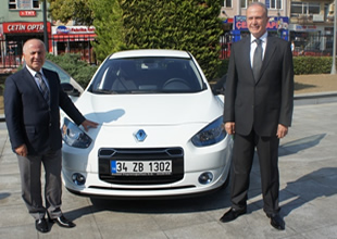 4 Adet Renault Fluence Z.E. teslim edildi