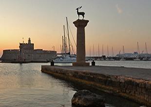 Rodos Adası'nın umudu Türk turistler