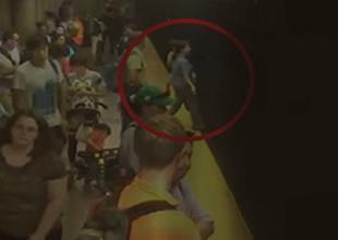 İstanbul'da bir kadın metro raylarına düştü