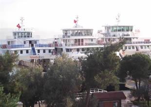 NEGMAR'ın gemileri Eskihisar iskelesinde