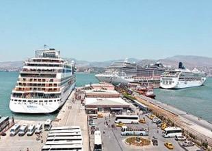 Marmaris Limanı bu yıl 120 gemi ağırladı