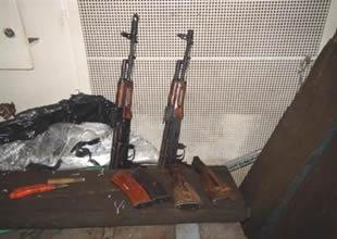 Kocaeli'de gemiye silah operasyonu
