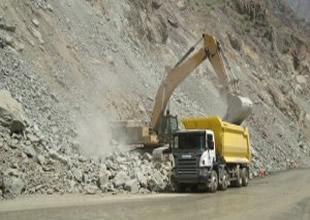 """Büyük projelerin aracı """"Scania off-road"""""""