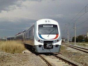 Adapazarı-İstanbul Banliyö Tren seferleri 2016 yılında başlayacak