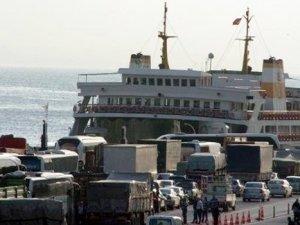 Deniz otobüsüne bomba ihbarı!