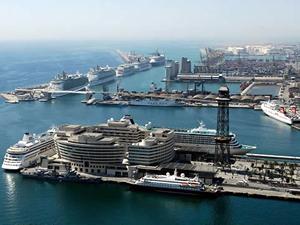 Barselona Limanı Batı Afrika'ya yeni bir ulaşım hattı açtı