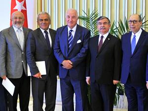 Türk Denizcilik Sektörü, TBMM Başkanı İsmet Yılmaz'ı makamında ziyaret etti