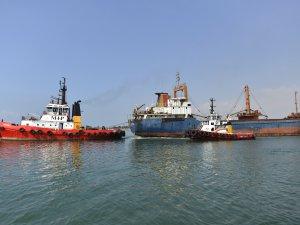 Şükran Camuz isimli kuru yük gemisi kurtarıldı