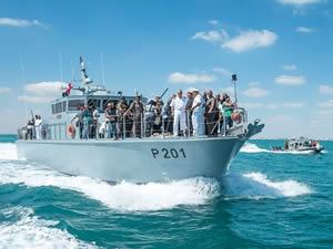 Tunus ilk yerli askeri gemisi 'İstikbal'i denize indirdi