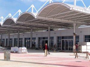 Antalya Havalimanı'nda milyonluk VIP israf