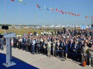 Putin: Eşsiz uzay potansiyelimizi arttıracağız