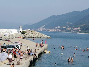 Limandan kum çıkaran belediyeye para cezası verildi