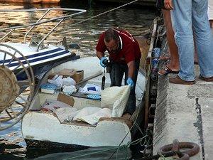 Yaşlı balıkçı yaşadığı kayıkta ölü bulundu