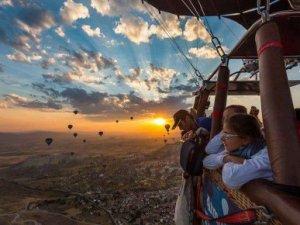 Kapadokya'da memnuniyet, Barselona ve St. Petersburg'dan yüksek