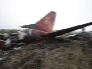 New York'ta küçük uçak düştü