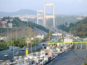 Köprü, otoyol ve toplu taşıma bayram boyunca ücretsiz