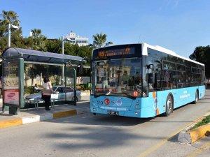 Mersin'de toplu taşıma şoförlüğü kurala bağlanıyor