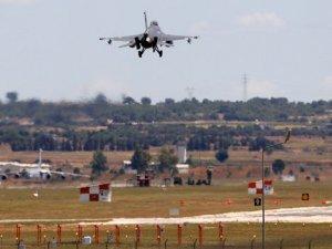 Katar uçakları İncirlik'e geliyor