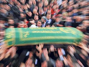 Şükrü Tugay'ın muhterem babaannesi Vacide Tugay hayatını kaybetti