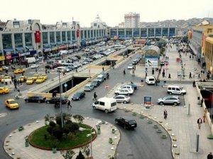 İstanbul Otogarı'nda yaşanan saat başı ücret krizi çözüldü