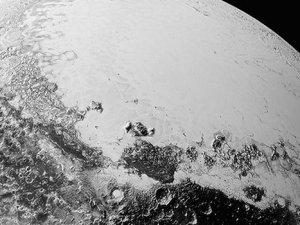 Plüton'un yeni fotoğrafları yayımlandı
