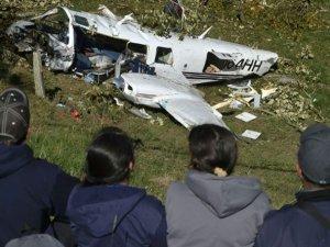 Tom Cruise'un ekibi uçak kazası geçirdi