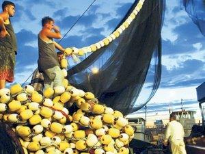 Marmara'da balık yok, tezgahlar el yakıyor